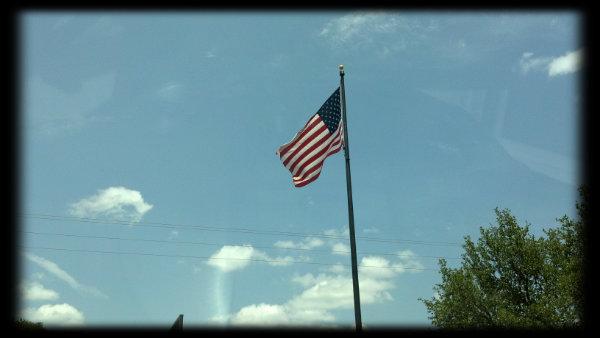 2012-07-04_13-54-30_794flag